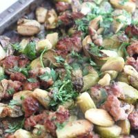 Keto Roasted Brussels Sprouts and Sausage