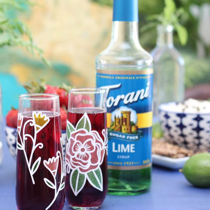 Sugar-Free Hibiscus Lime Tea Sparkling Cocktail